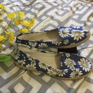 American Eagle (by Payless) blue floral slip-ons